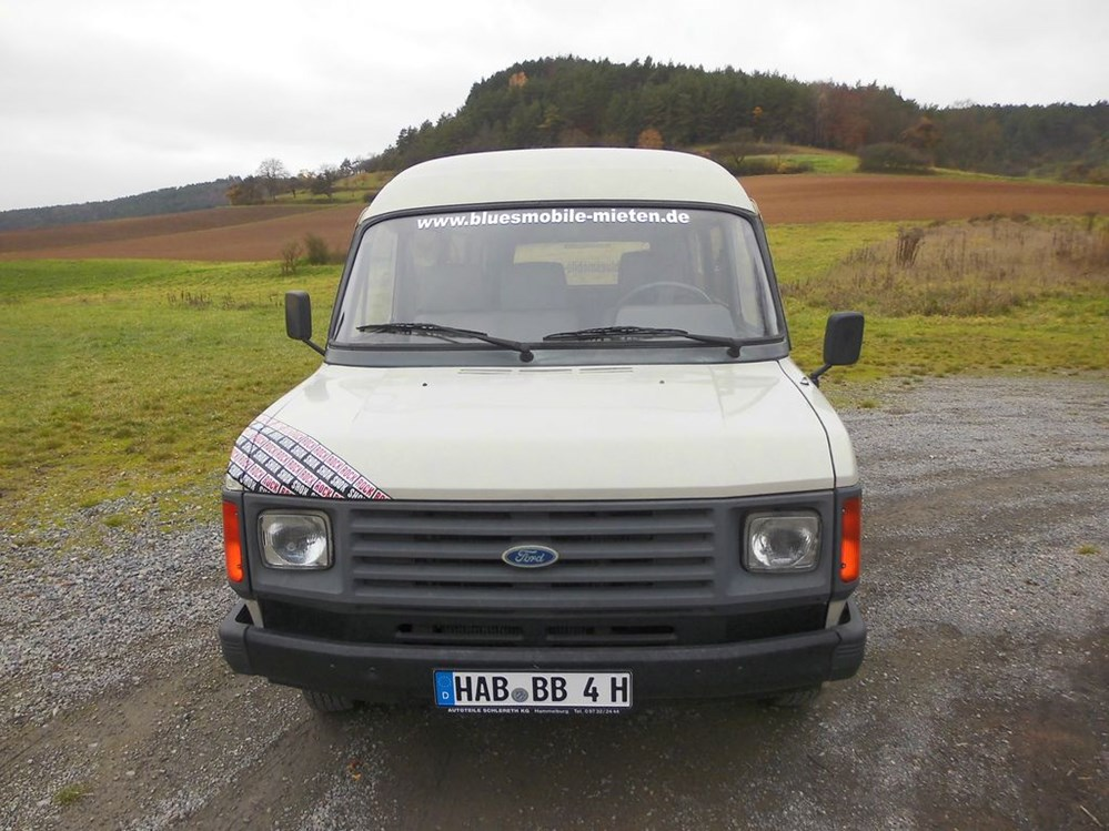 Hochzeitsauto: Ford Transit von bluesmobile4you - Ford Transit von bluesmobile4you
