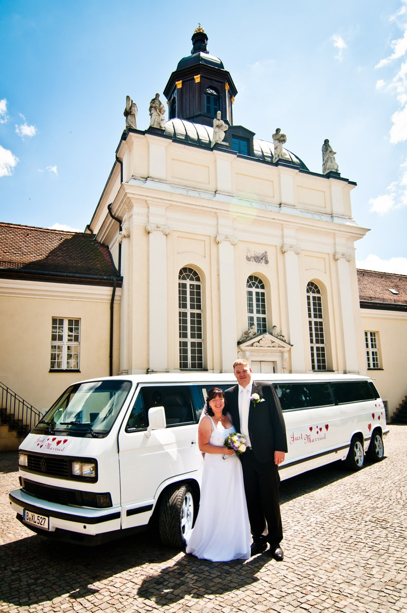 vw t3 bulli limousine von trabi xxl mieten hochzeitsauto. Black Bedroom Furniture Sets. Home Design Ideas