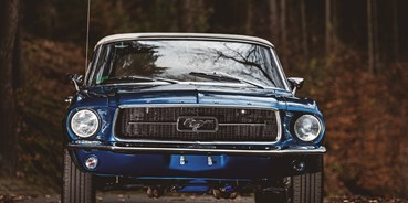 Hochzeitsauto-Vermietung - Marke: Ford - yellowhummer Ford Mustang Oldtimer