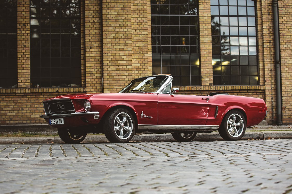 Hochzeitsauto: yellowhummer Ford Mustang Oldtimer