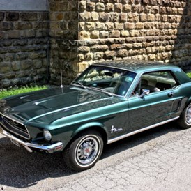 Hochzeitsauto: Ford Mustang Hardtop 289 Bj. 68  - Ford Mustang Hardtop Bj. 68 von Autovermietung Ing. Alfred Schoenwetter
